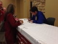 Lars girl signing